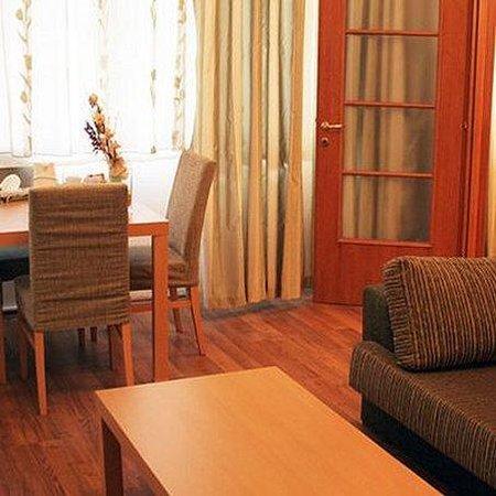 Sea Port Hotel: Room