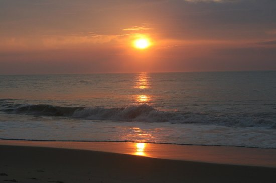 Clarion Resort Fontainebleau Hotel: Sunrise was beautiful daily!