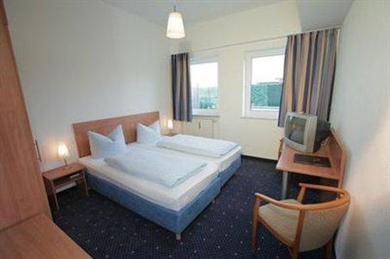 Hotel Fresh Inn: Room