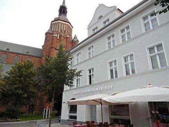 Schweriner Hof Hotel: Exterior