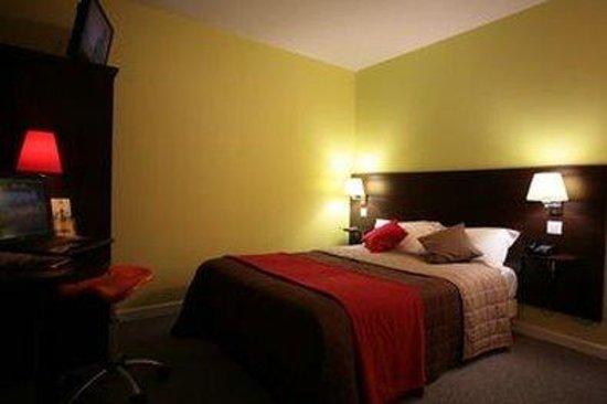 Inter Hotel Roanne Hélios : Guest Room