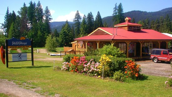 Christina Lake, Canada: WildWays Adventure Sports Shop