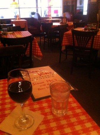 Boni Vino Restaurant