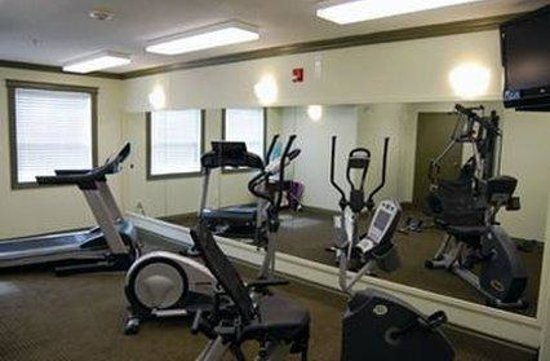Quality Inn & Suites: Health Club