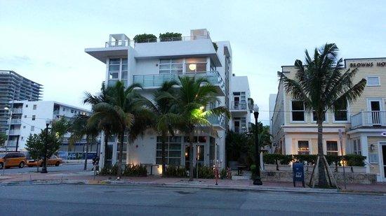 prime hotel outside