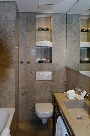 CORTIINA Hotel : Bathroom Cortiina Comfort
