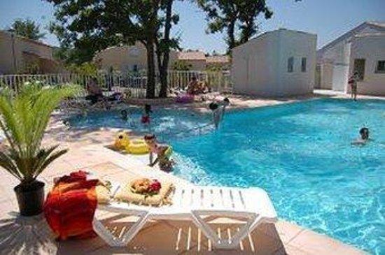 Résidence Club mmv Les Clos de Tourrettes : Pool