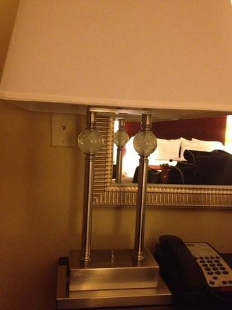 Holiday Inn Express Hotel & Suites Orlando South-Davenport: nice lamps