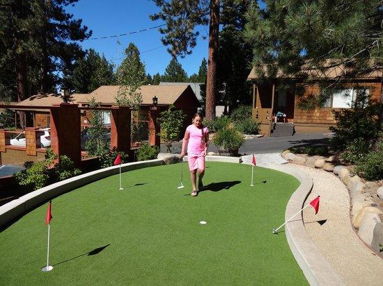Cedar Glen Lodge: New Putting Green