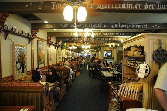 Solvang Restaurant : charming