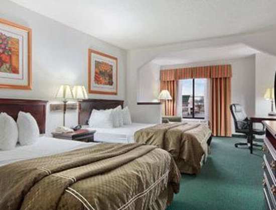 Quality Inn & Suites Harvey: Standard Two Queen Bed Room