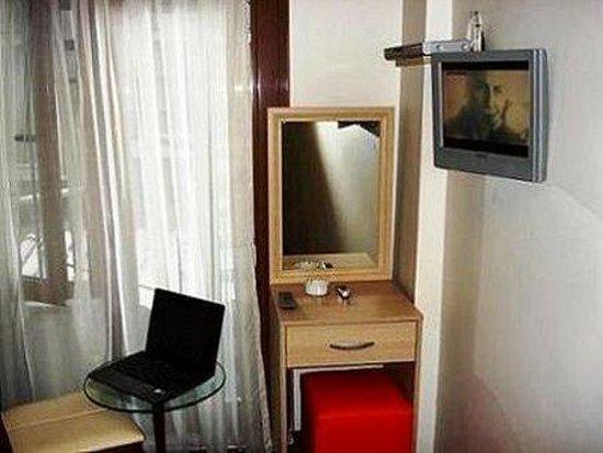 Melita Hotel: Room