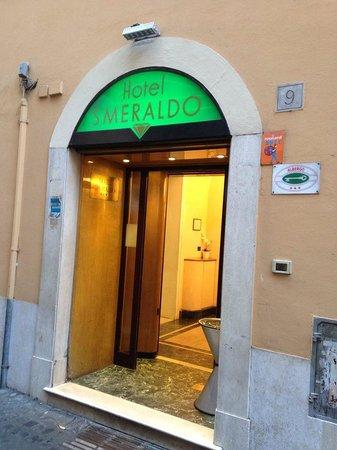 Hotel Smeraldo: Entrance of Smeraldo