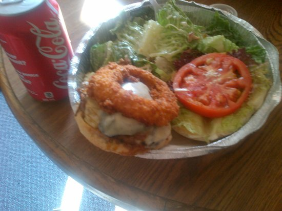 Williams Family Diner : try the eppenburger