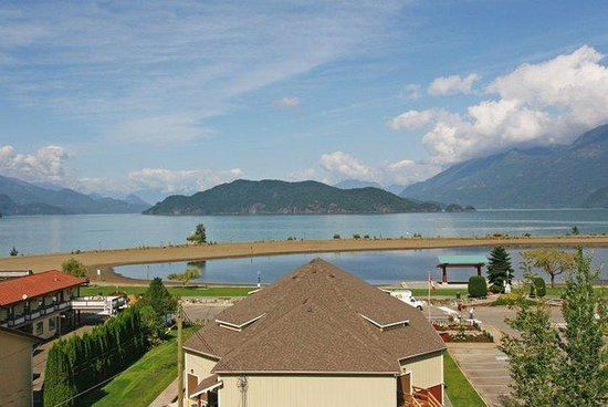 Harrison Lake View Resort : LHV