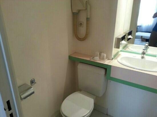 Fertel Etoile : Room 301 bathroom