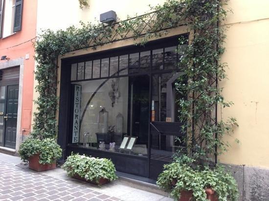 La Colombetta : entrance