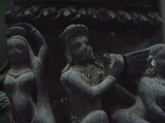 Nepali Temple (Kathwala Temple): Carvings