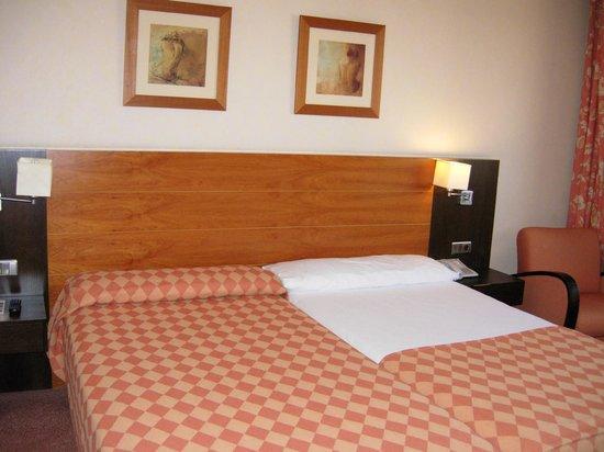 Hotel Exe Getafe: habitacion