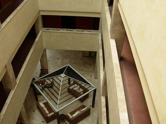 Hotel Exe Getafe: vista interior  del NH Hesperia
