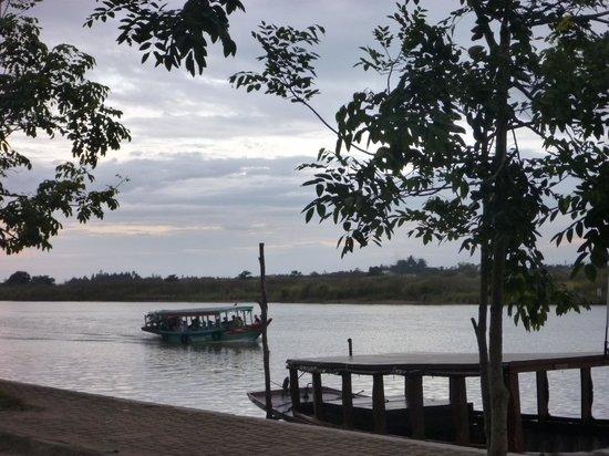 Anantara Hoi An Resort : 川沿い