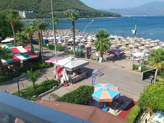 Kontes Beach Hotel: Utsikt från rummet