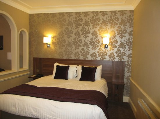Avon Gorge Hotel: Our bedroom