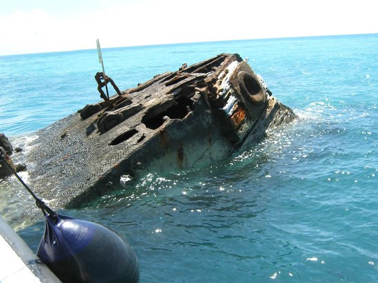 Bermuda Reef Explorer: The Bow of HMS Vixen, Shipwreck.