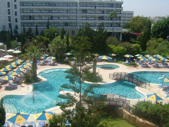Melissi Beach Hotel & Spa: bigger pool view