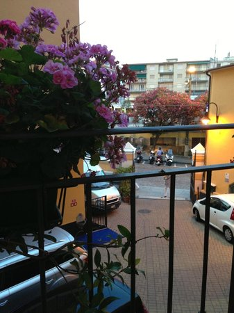 Hotel Globo & Suite Sanremo: вид из ресторана