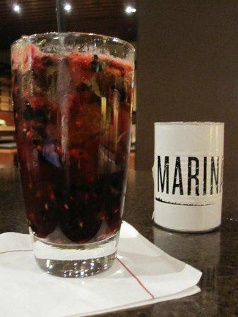 Marriott Marquis San Diego Marina: the bar inside the hotel