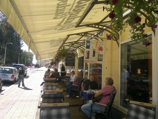 RP Cafe, Außenterasse