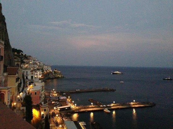 Il Porticciolo di Amalfi: twilight
