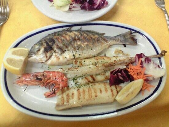 Trattoria Raspo de Ua: grilled fish