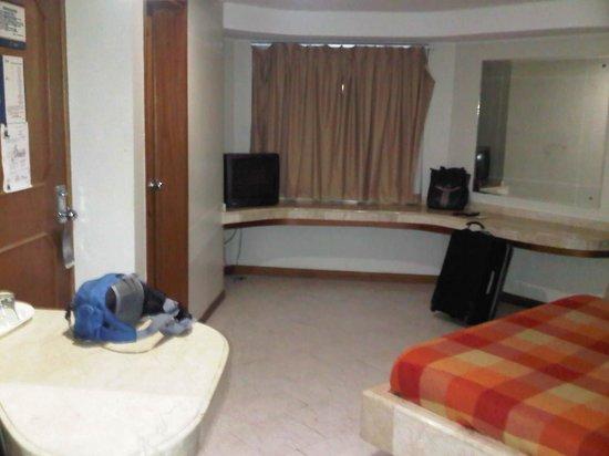 Hotel El Dorado Suites: HABITACION