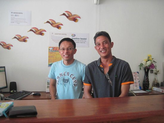 Jomtien Hostel Hotel: Thai owner and manager