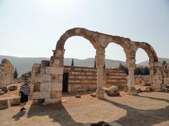 Umayyad Ruins of Aanjar: ANJAR PALACE