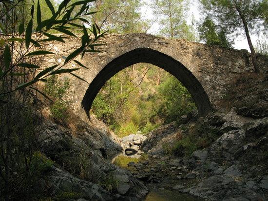EcoTour Adventures Cyprus: Elias Venetian Bridge