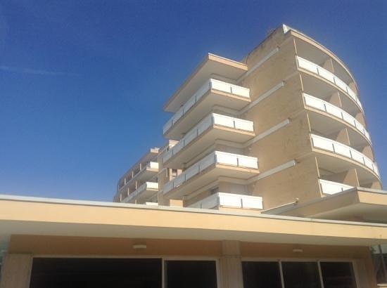 Radisson Blu Resort, Terme di Galzignano - Hotel Majestic: Sporting hotel needs refurbishment