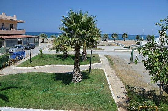 Aristea Hotel Rethymnon : Room view