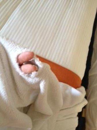 Palm Plaza Marrakech Hotel & Spa : serviette trouées de palm palza
