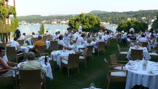 Golf- und Seehotel Engstler: Gartenrestaurant