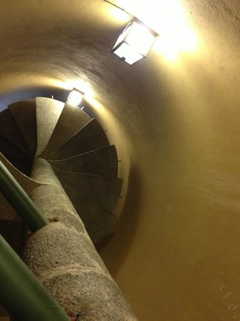 Hotel Villa Condesa: Scary stairs!