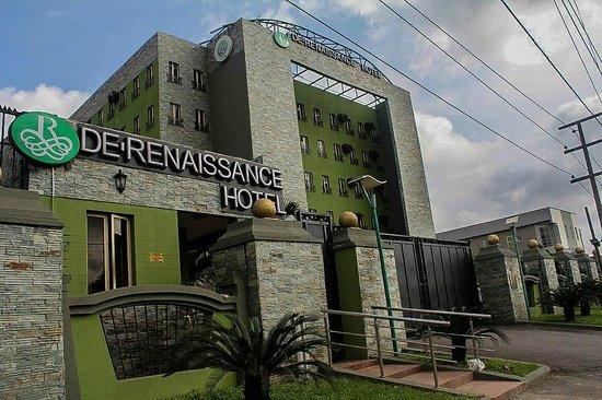 De Renaissance Hotel: De Renaissance Out side view