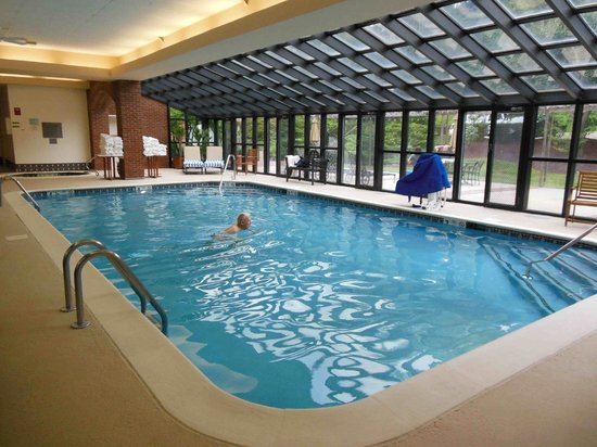 The Simsbury Inn: Pool
