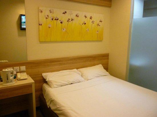 Hotel 81 Dickson: 室内は思ったより広く、きれい。