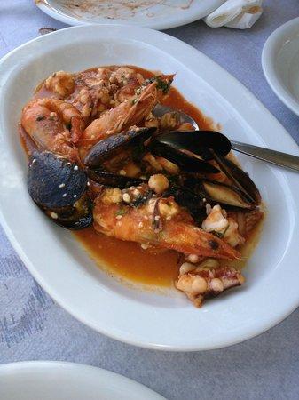 The Net: seafood saganaki