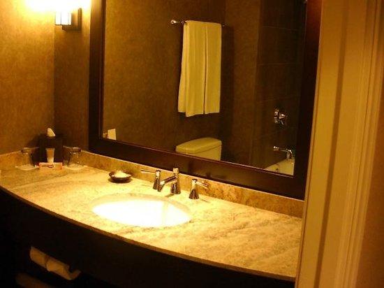 Hyatt Regency Bellevue: Bath luxury