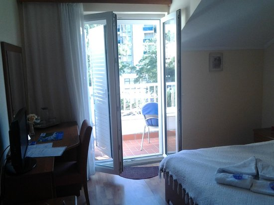 Villa Ruza: Window