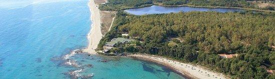 Marine de Bravone, Prancis: Vue aérienne du site et de la plage